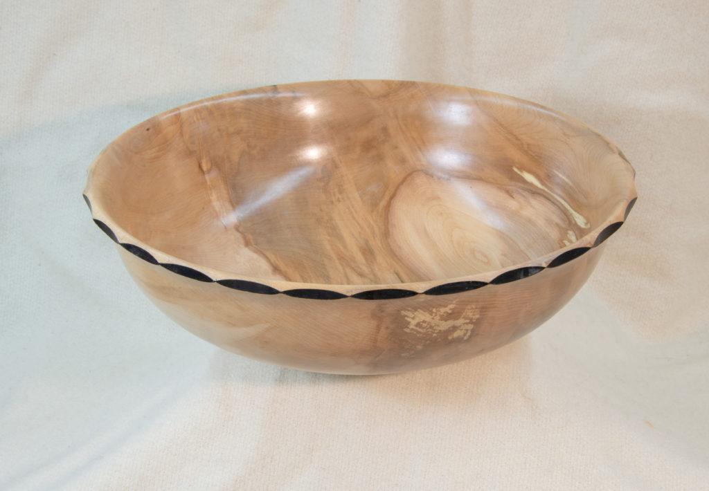 Maple, Serrated Rim, 13.5 x 4 inches